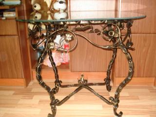 DSC02652-320x240-2963934cd7e299eaf7637bee422abb6b Кованая мебель, светильники