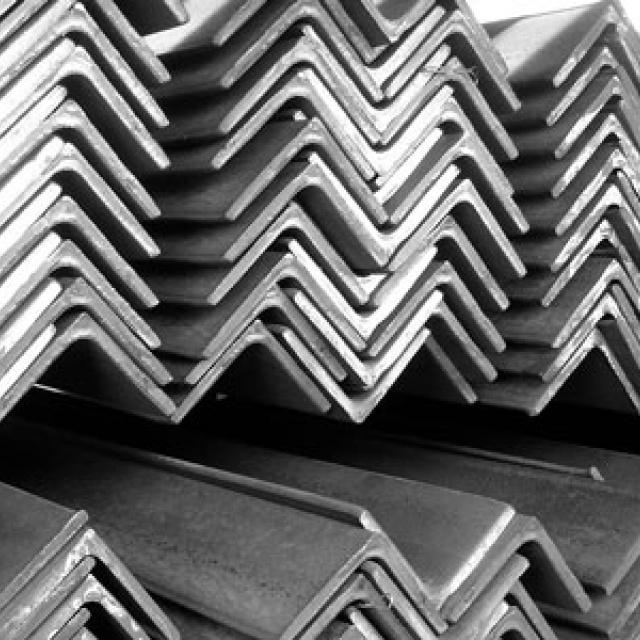 Уголок металлический купить в Киеве, цена за метр погонный, стальной, порезка, сверление, грунтовка, покраска, сварка.