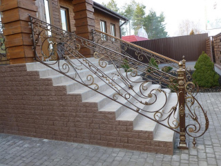 work_0033-320x240-1a3b40f203efd2fa23462a431d2a42bf Кованые лестницы, перила